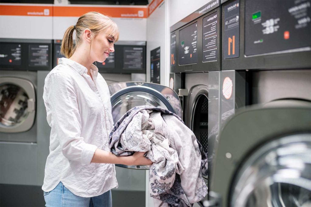 24 Pesula - Mitä itsepalvelupesulassa voi pestä ja mihin hintaan?